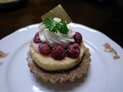 cake090201.jpg